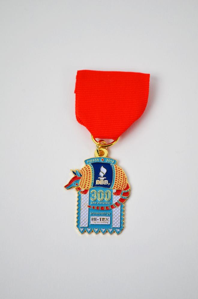 fiesta-medal-flat-lay